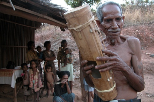 Jean Baptiste lives in a village tucked away in the hills of East Timor's capital city, Dili. He learned to play the lakado from his father. (Photo by Maria Bakkalapulo)