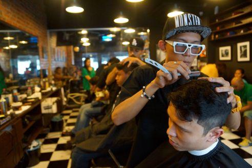 Inside Joe's Barbershop. Photo by Maria Bakkalapulo